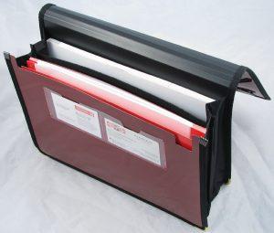 Папка для документов пластиковая А4 на резинках, 2 отделения