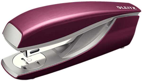 Степлер металлический Leitz New NeXXt Style, 30 листов, красный