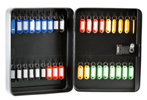 Бокс для ключей стальной Buromax на 36 секций, с брелоками, с кодовым замком, черный